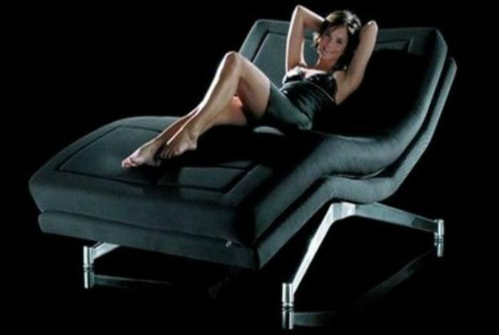 Кровать Phi-ton производства Fried-Jan Unger, которая подстраиваться под наиболее удобное положение тела.