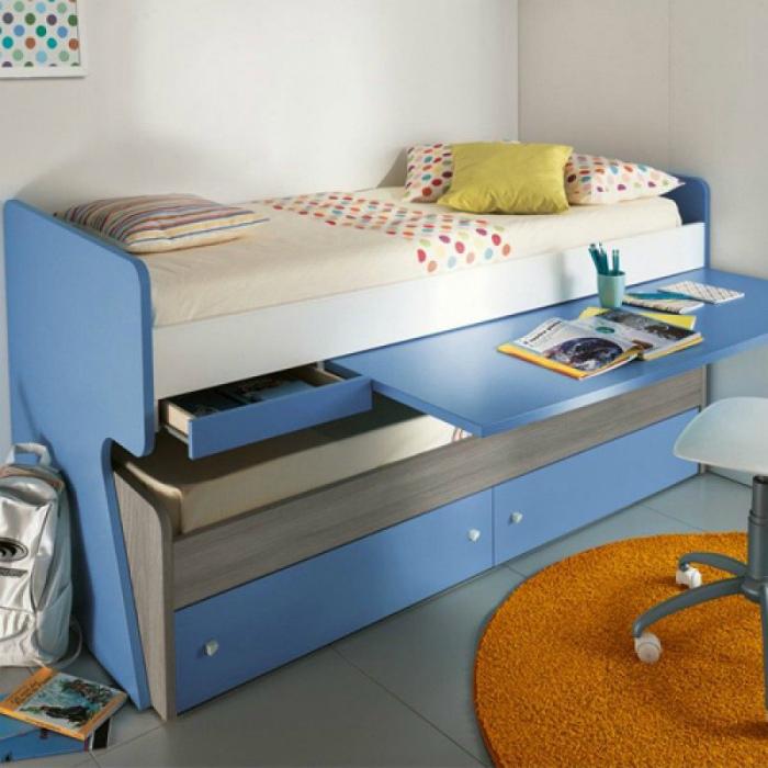 Кровать с дополнительными функциями. | Фото: Pinterest.