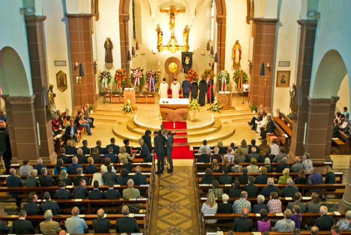 Церковный налог в Германии. | Фото: МирТесен.
