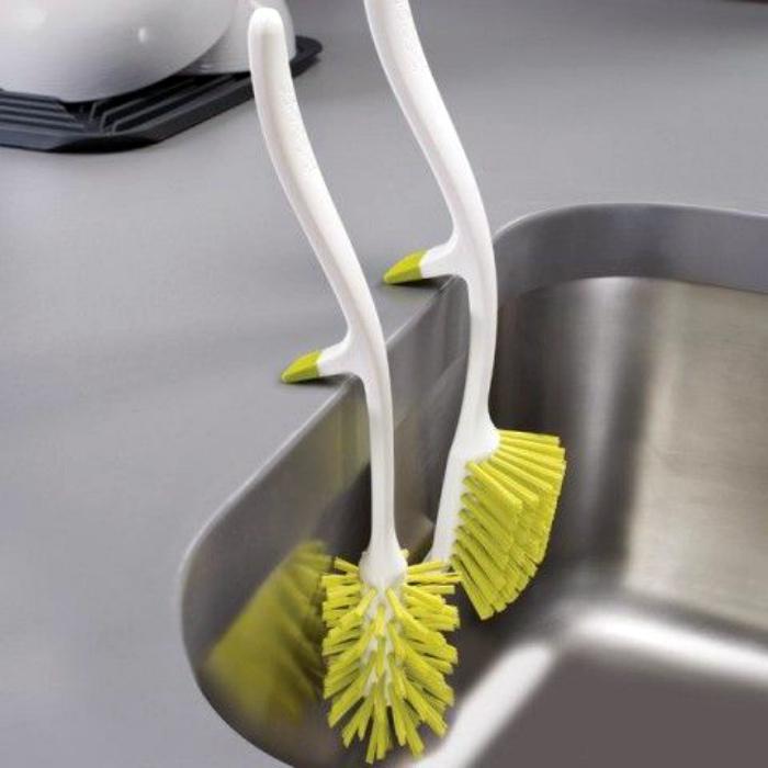 Подвесные кухонные щетки.| Фото: Teknoloji ve Tasarım Dersi.