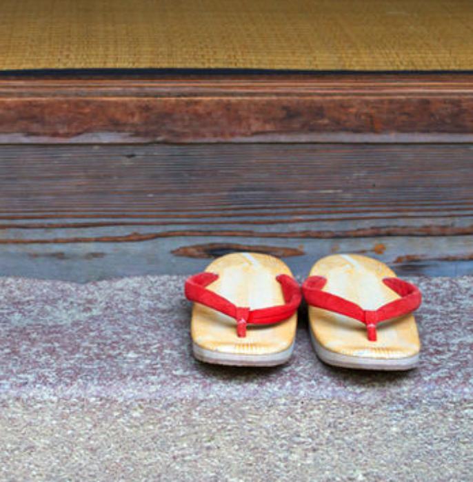 Мелкие, но обязательные традиции. | Фото: EmoSurf.com.
