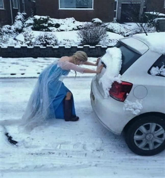 Принцесса Эльза и ее ледяная карета.