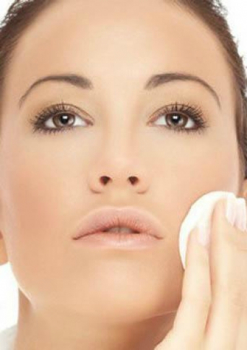 Альтернатива специальному средству для снятия макияжа.