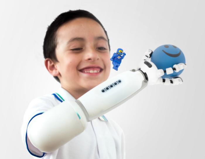 Детский игровой протез  IKO.