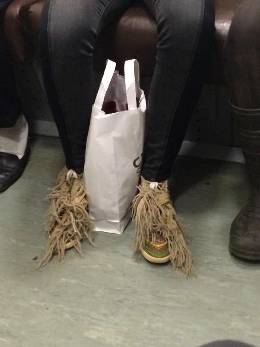 Ультрамодная обувь.