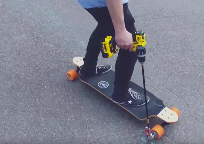 Дивный тандем скейта и шуруповерта.