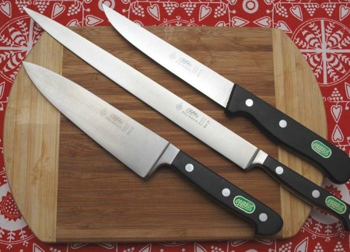 Использование разных ножей. | Фото: Дизайн интерьера и ремонт кухни своими руками.