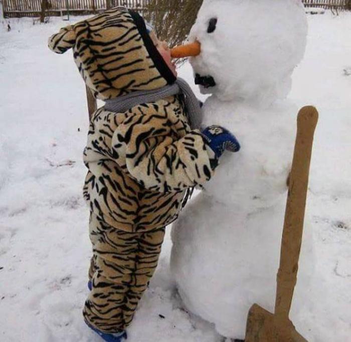 Пластика для снеговика. | Фото: Ololo.tv.