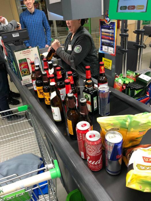Алкоголь без документов.