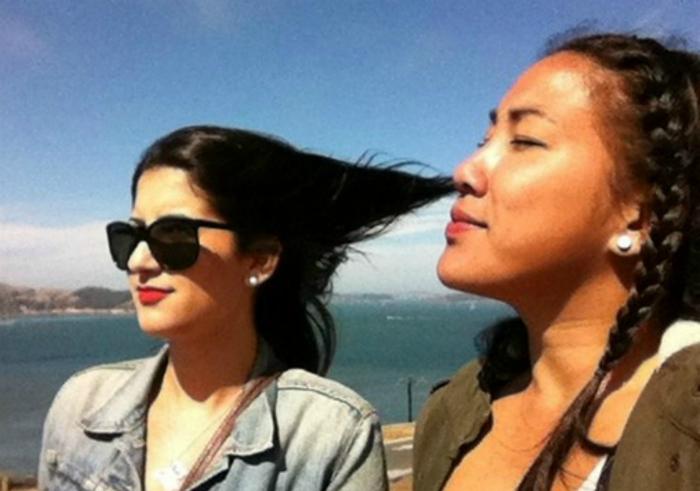 «Анна, как прекрасно пахнут твои волосы!»