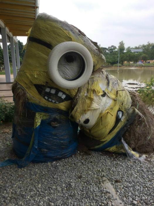 Какие «жизнерадостные» скульптуры! | Фото: uCrazy.ru.