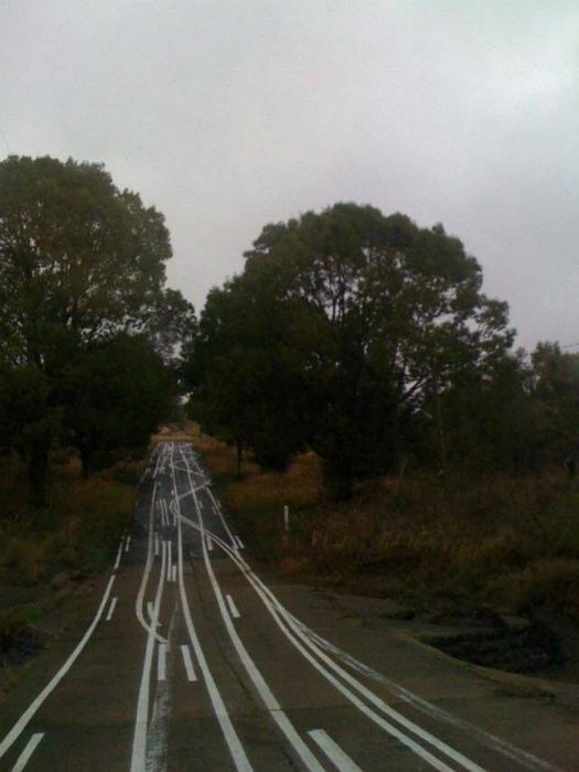 Вроде и прямая дорога, но такая запутанная... | Фото: PIXIMUS.