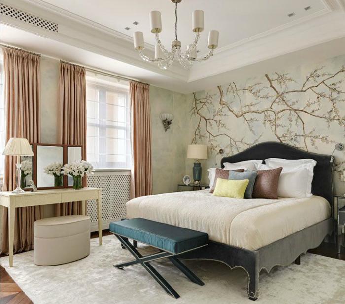 Элегантная спальня в классическом стиле.
