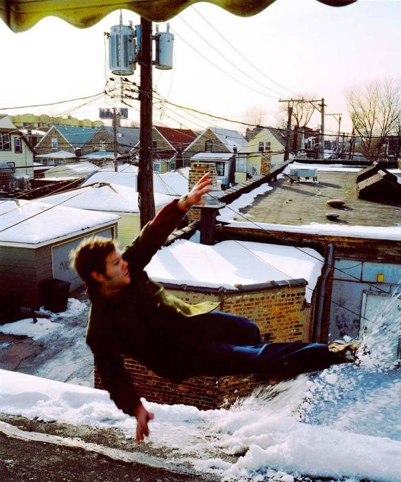 Снег и морозная погода - лучшее время для прогулки по крыше. | Фото: Klevo.Net.