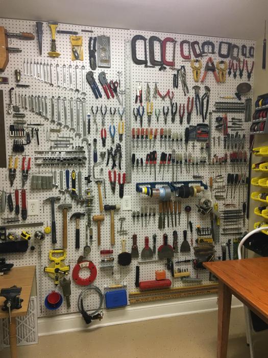 Идеальный порядок в гараже.