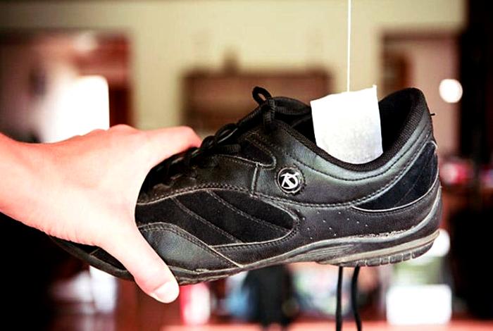 Чайные пакетики от неприятного запаха обуви.