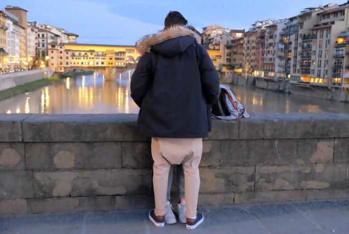Странные штаны.