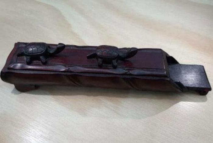красивый деревянный футляр. | Фото: 1Gai.Ru.