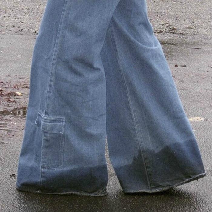 Очень модные джинсы.