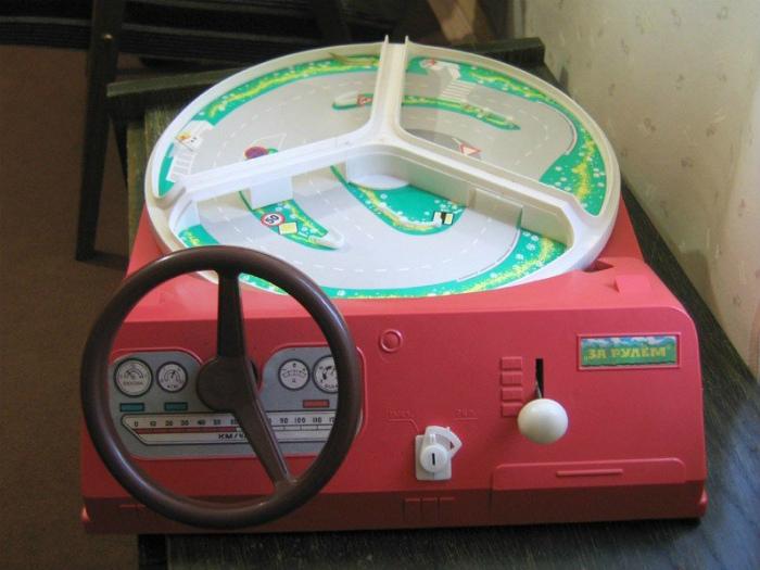 Игрушка «За рулем».
