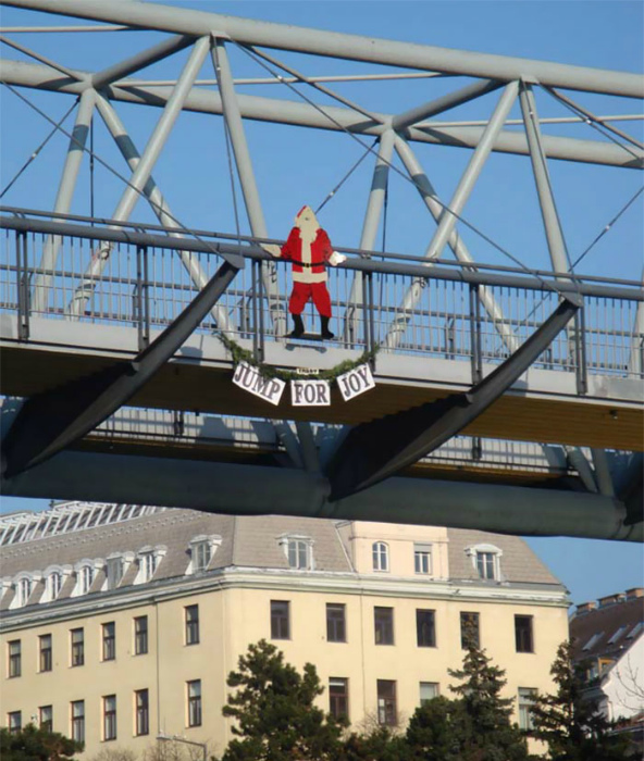 Суицидальный Санта Клаус.