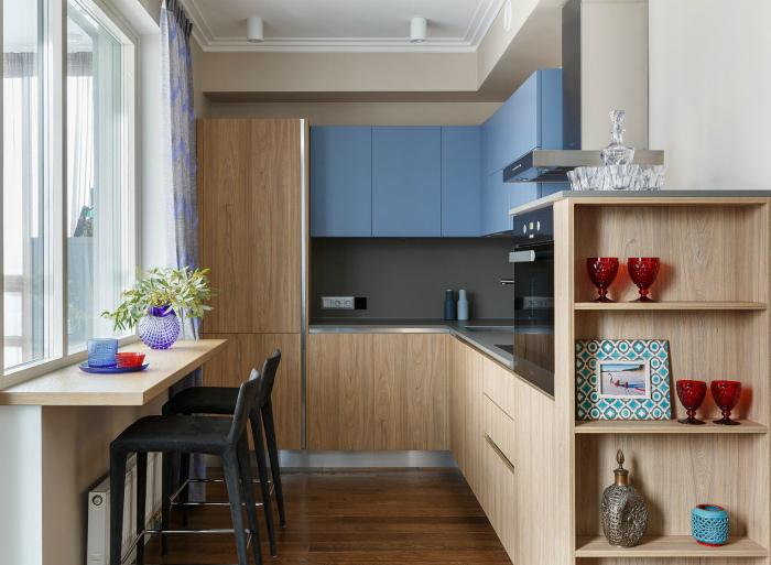 Маленькая угловая кухня. | Фото: nomada.ru.