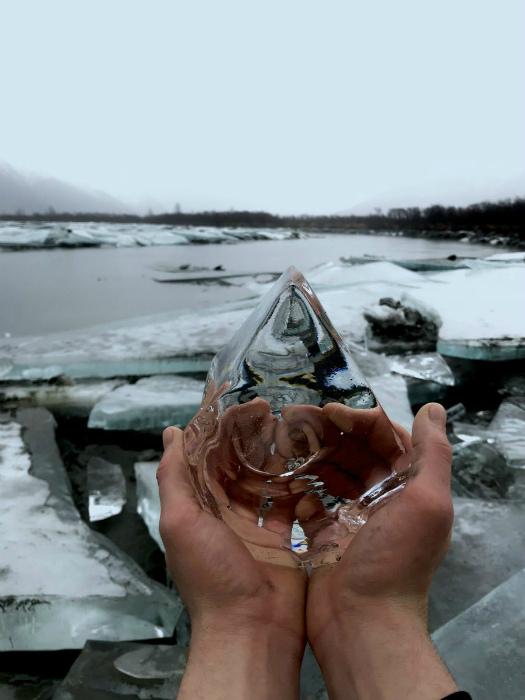 Кристально-чистый лед.