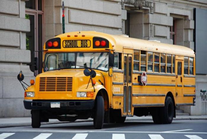 Школьные автобусы в Америке.
