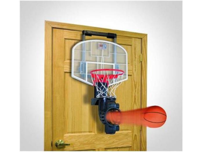 Мини-баскетбол для спальни. Можно бросать мячи прямо из постели.