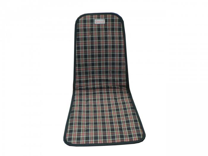 Чехол для автомобильного кресла с подогревом, который поможет согреться зимой.