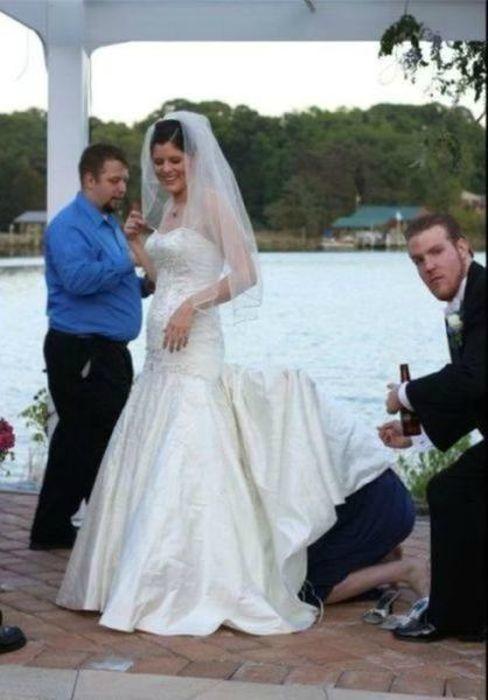 залез под юбку к невесте