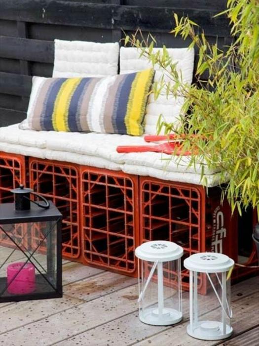Садовый диван из ящиков.