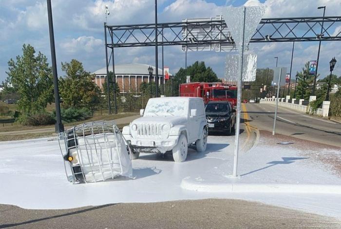 А плохая заключается в том, что придется хорошенько помыть машину! | Фото: Sympa.