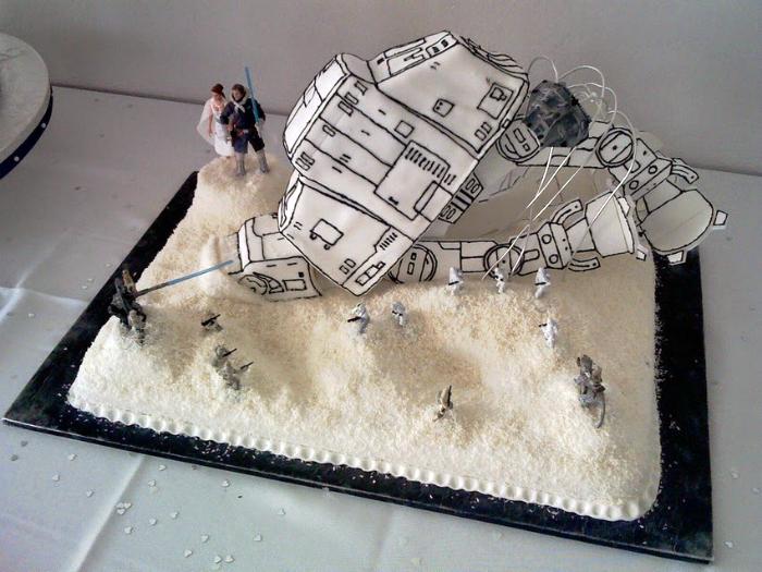 Свадебный торт по мотивам «Звездных воен».