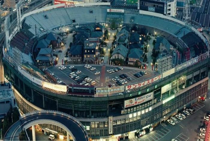 Стадион в Осаке.
