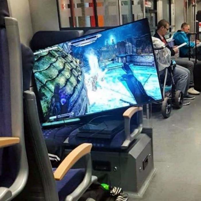Передвижения геймера.