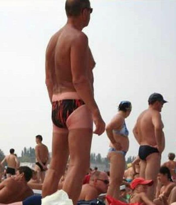 Вот, что бывает с теми, кто часто меняет плавательный костюм.
