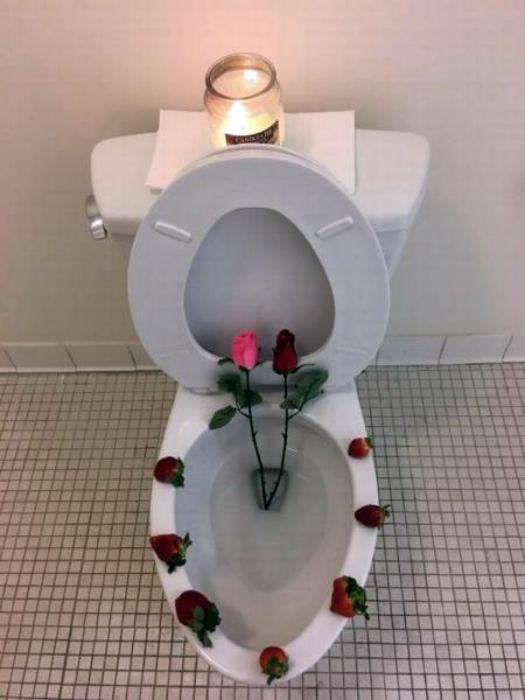 Туалетная романтика.