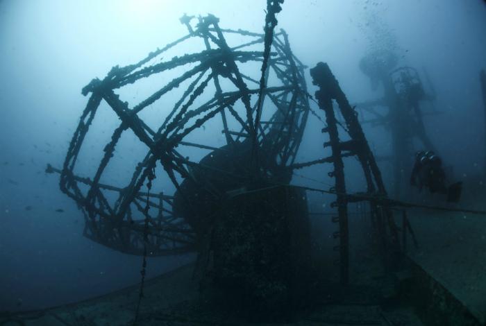 Антенна корабля в Атлантическом море, возле острова Ки-Уэст.