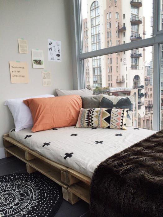 Оригинальная кровать.