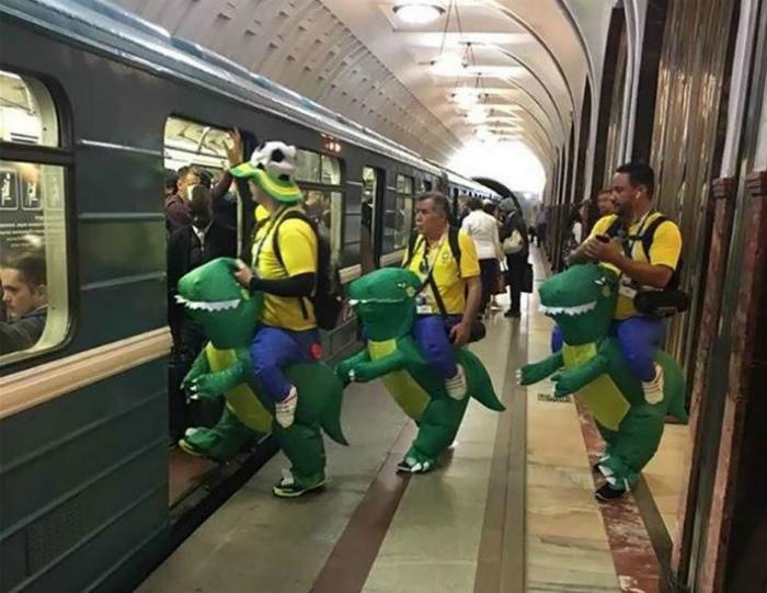 Товарищи динозаврики в ассортименте.