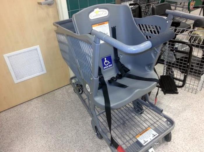 Тележка с местом для инвалида. | Фото: boMb01.