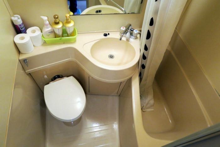 Нестандартные формы в интерьере ванны. | Фото: Domik.ua.