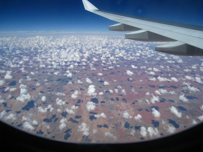 Забавные фигуры белых облаков. Фотограф: Франциско Мартинс.