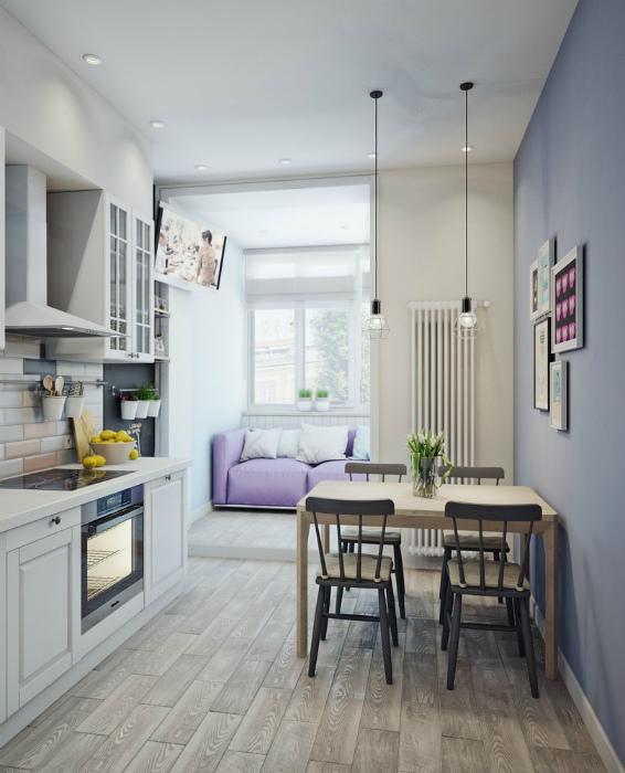 Очаровательная светлая кухня с балконом.