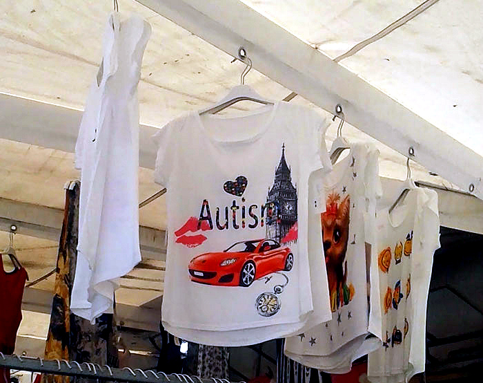 «Аутизм?» А почему бы и нет? | Фото: DeMilked.