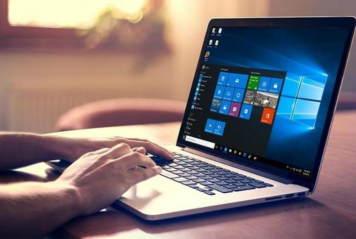 Ноутбук или персональный компьютер. | Фото: Make-Self.