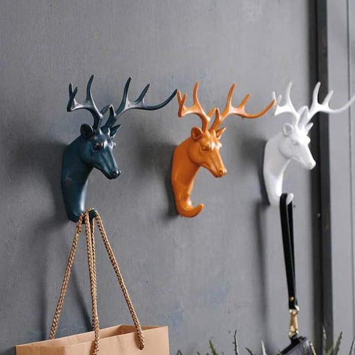 Крючки для одежды. | Фото: Klevo.Net.