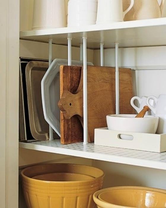 Разделители полок на кухне.
