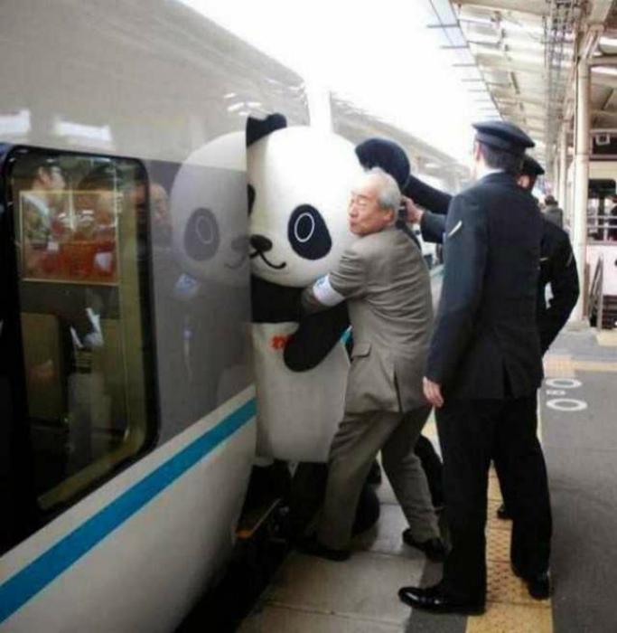 Один день из жизни работника метро. | Фото: Corriere.